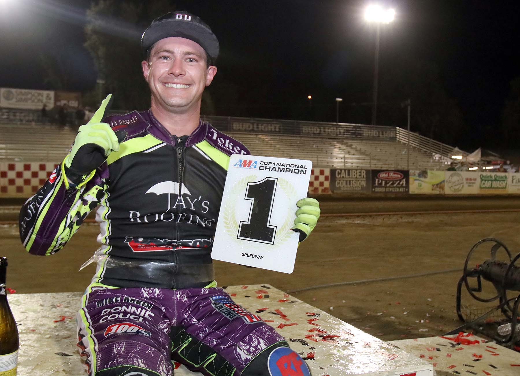 Max Ruml wins the 2021 Speedway National Championship.